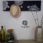 Porte-manteaux noir motifs mandalas, patères céramique